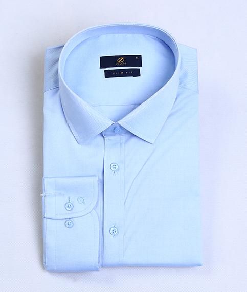 پیراهن آبی روشن مردانه